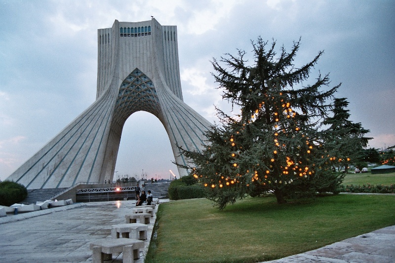 Teheran - Azadi-Monument