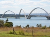 Brasilia_ Die Juscelino Kubitschek-Brücke über den Paranoá-See