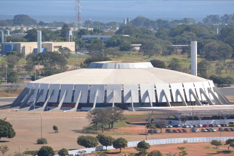 Brasilia_Blick vom Torre de TV_Sporthalle Nilson Nelson