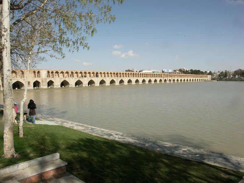 Isfahan - Die 33-Bogen-Brücke