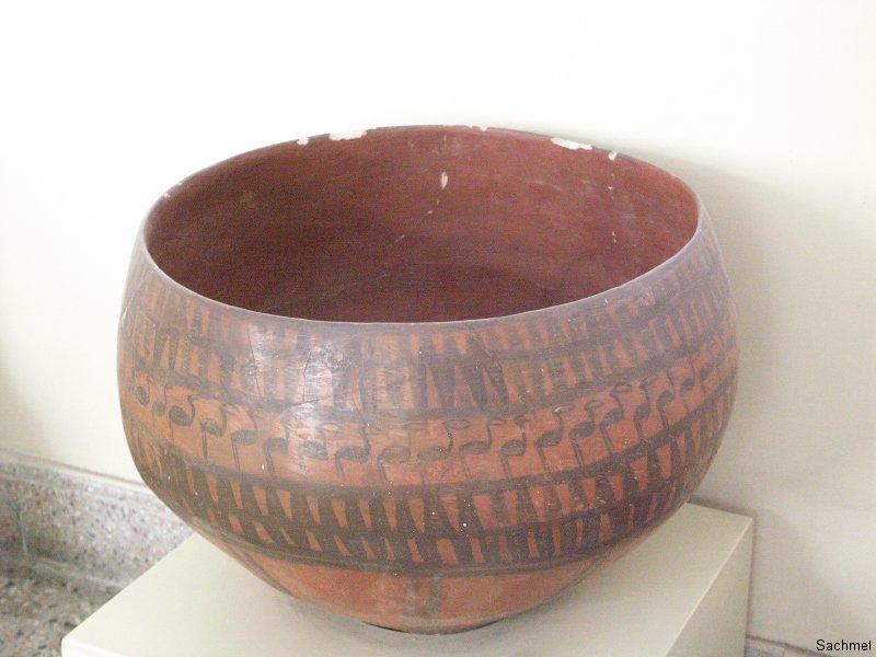 Teheran - Nationalmuseum -  Vorratsgefäss (Ismailabad)