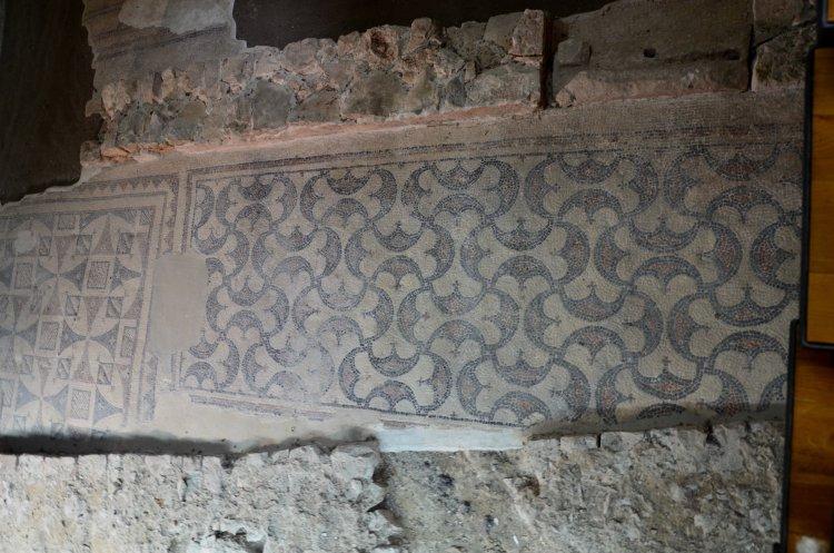 Poreč - Franziskaner-Kirche - Mosaik