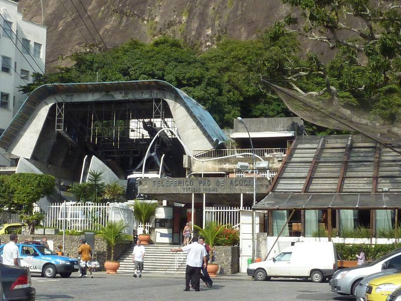 Rio de Janeiro_Bahnstation zum Zuckerhut