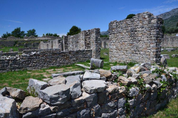 Salona - Episkopales Zentrum
