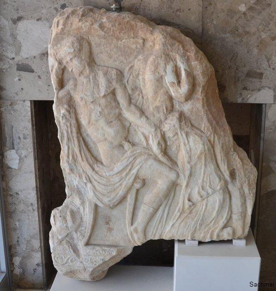 Zadar - Archäologisches Museum - Attischer Sarkophag (Fragment)